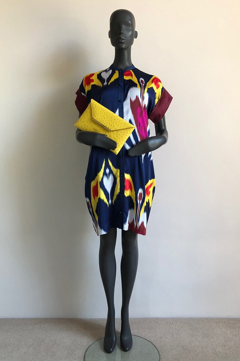 SQ SLEEVE SHIRT DRESS WITH CAPE COBRA ENVELOPE BAG FRONT